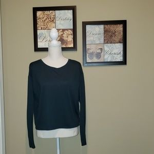 FOREVER 21 OPEN BACK LS CROPPED SHIRT